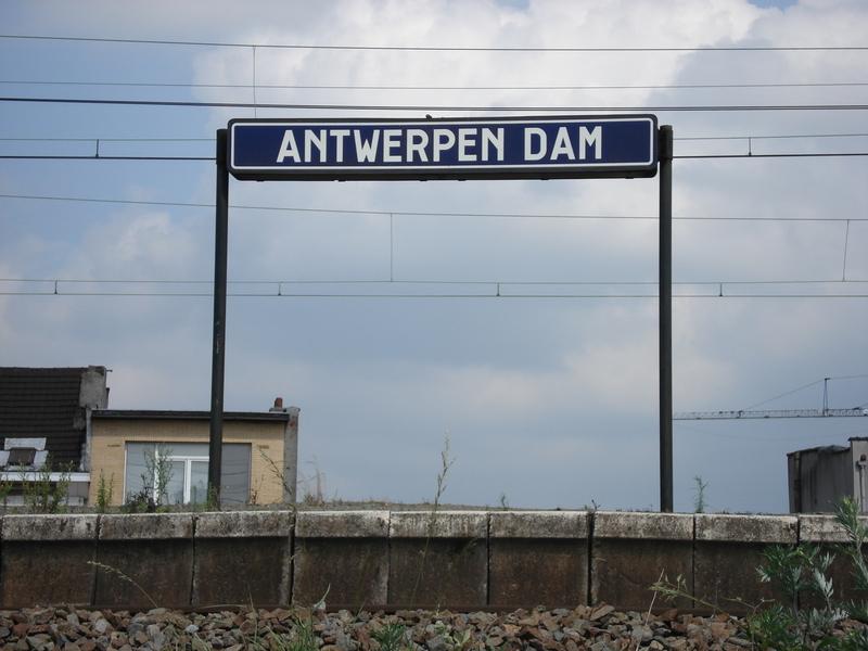 Den Dam01